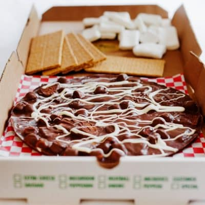 campfire smore chocolate pizza
