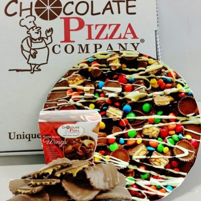 combo avalanche chocolate pizza