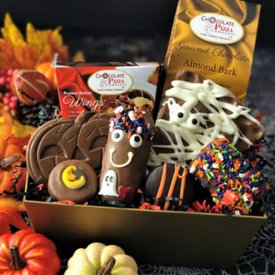 Halloween treats gift basket