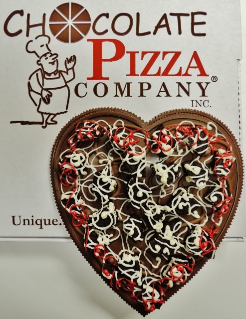 cookie heart chocolate pizza