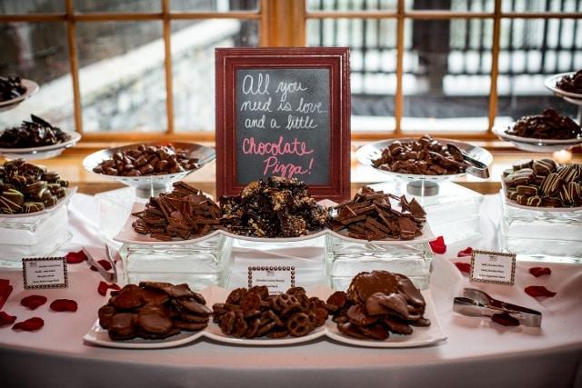 chocolate wedding favors dessert table