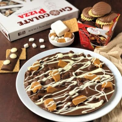 combo caramel smore chocolate pizza and wings
