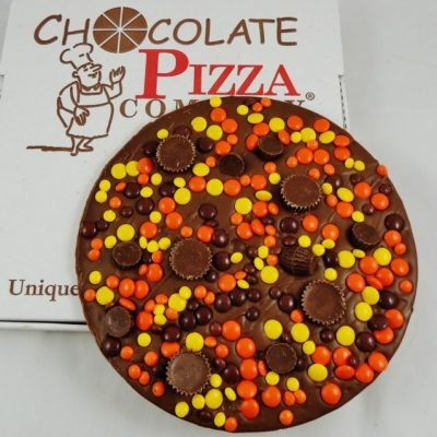 falling in love peanut butter Chocolate Pizza