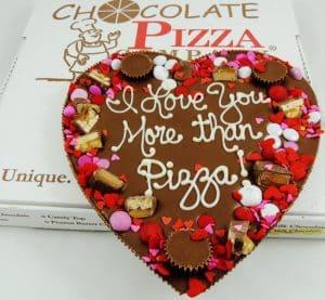 gift chocolate pizza