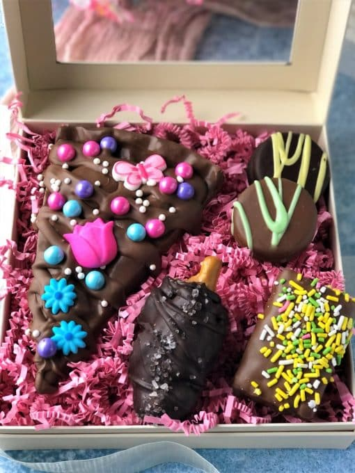 close up of thank you mom gift box with chocolate treats