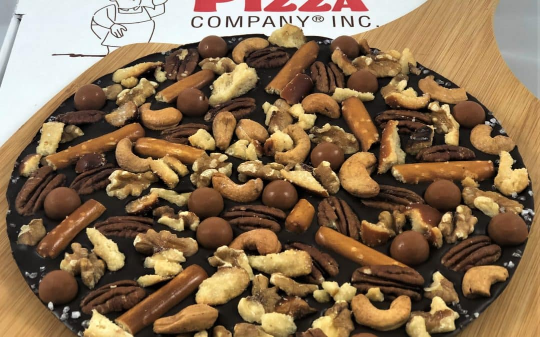 Thanksgiving Chocolate Dessert Ideas – Chocolate Pizza