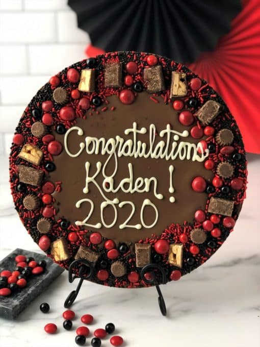 graduation gift chocolate pizza in red black candies