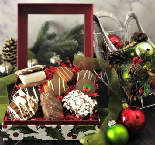 holly design winter treasures