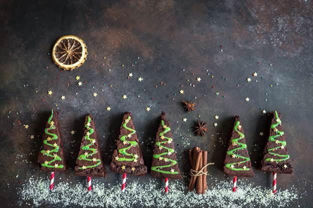 Cute Christmas Desserts for Santa
