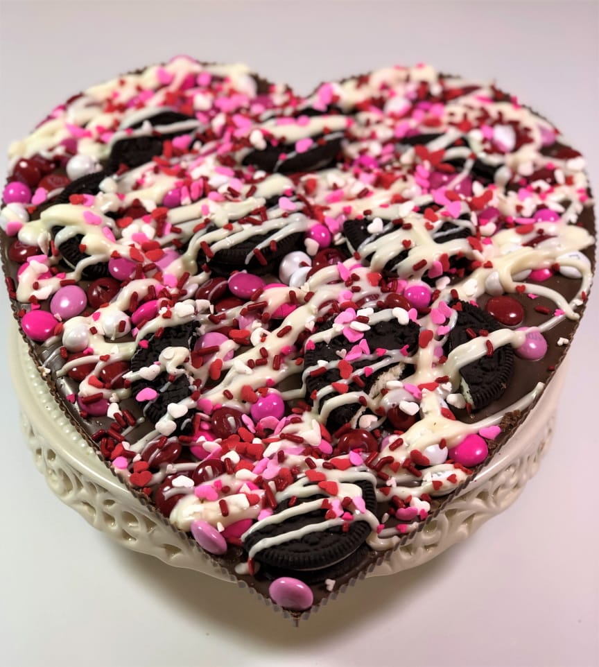 heart shaped chocolate pizza for valentines day