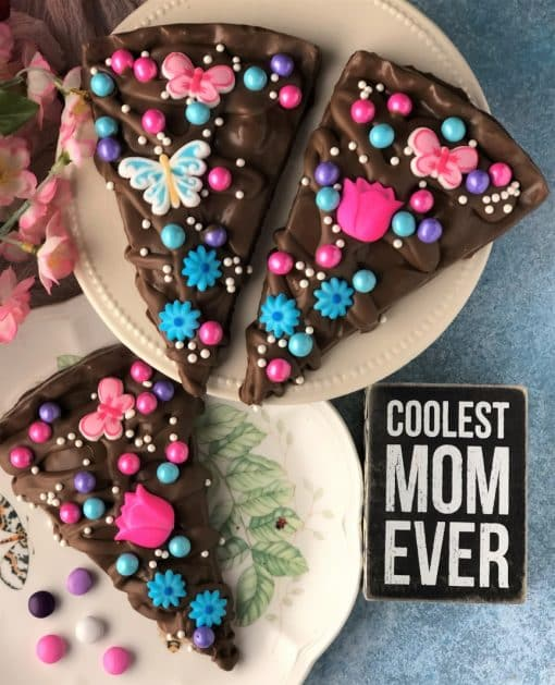 top view of 3 flowers for mom chocolate pizza slices in milk chocolate