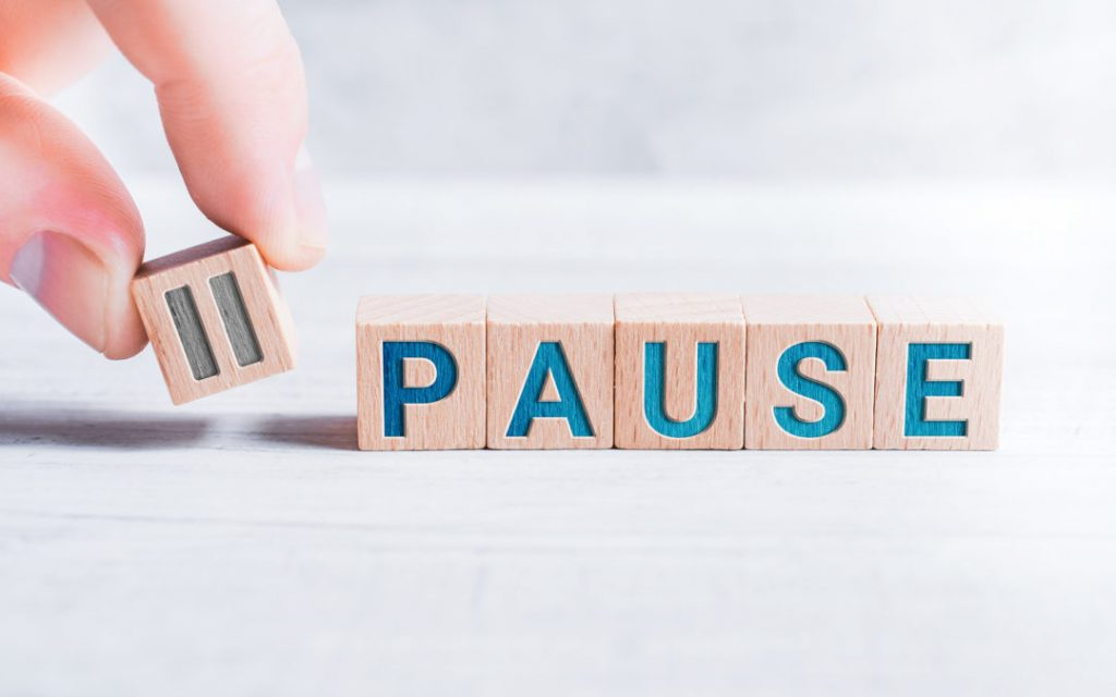 image of blocks spelling word pause
